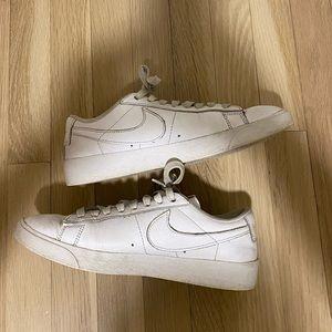 Nike Blazers Size 6.5